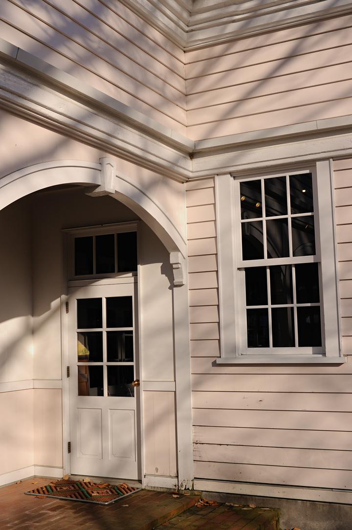 house-edwin-dan-white-s.jpg