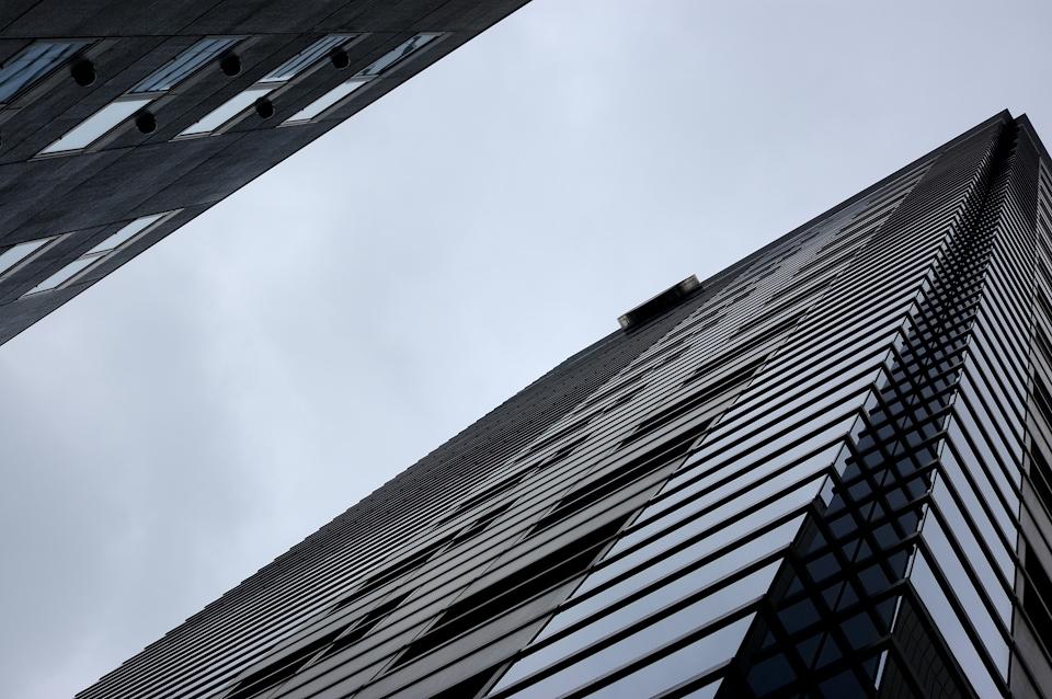 buil-gray-a.jpg
