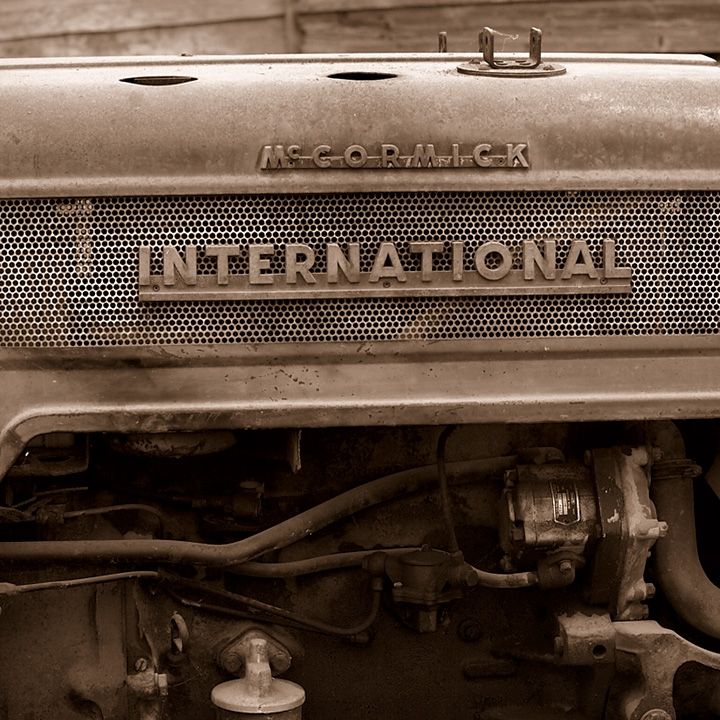 maccormic-international-s.jpg