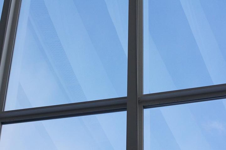 windows-blue-s.jpg